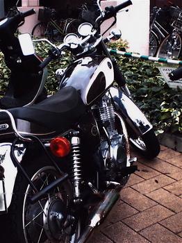 たてバイク.jpg