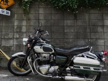 カワサキW650(700x525).jpg