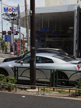 ニッサン(524x700).jpg