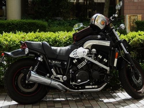ヤマハV-MAX (750x564).jpg
