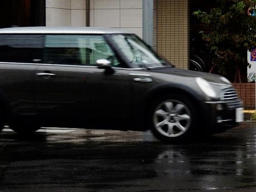 雨 (700x524).jpg